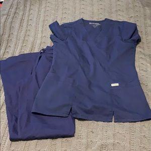 Greys Anatomy Navy scrub set, size Small.